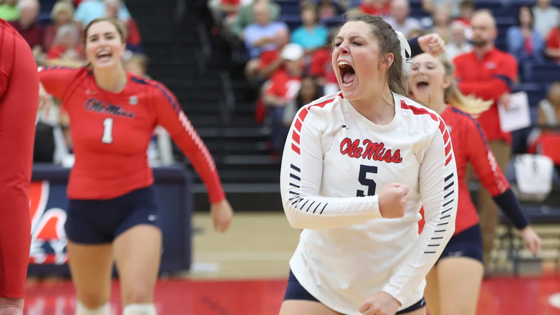The Season: Ole Miss Volleyball - The Rebs Are Runnin' (2019)